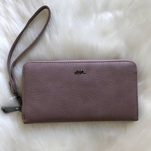 Roots Wallet